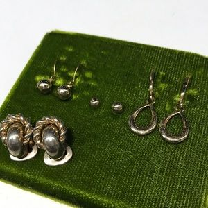 Goldtone costume earring lot